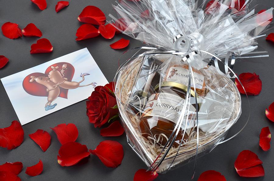geschenke f r verliebte das valentins herzchen geschenk. Black Bedroom Furniture Sets. Home Design Ideas